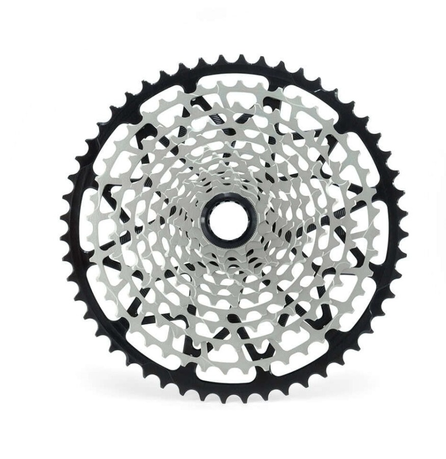 12-speed cassette (Shimano Micro Spline freehub)